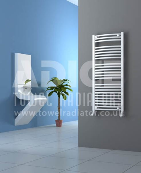 Picture of 500mm Wide 1150mm High White Curved Towel Radiator