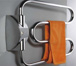 Picture of 650mm Wide 520mm High Electric Towel Rail in Chrome
